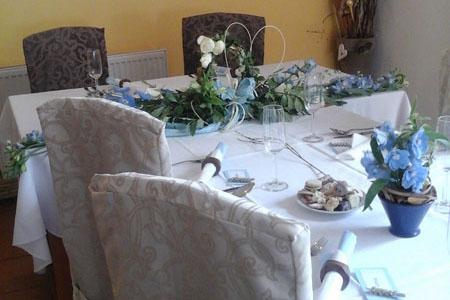 Svatby - nebesky modrá