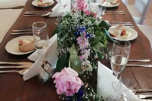 Svatby - růžové pivoňky