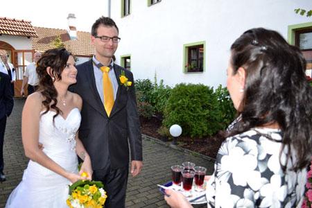 Svatby - žlutá