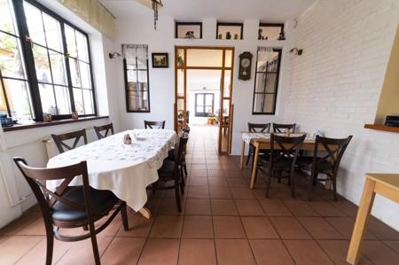15 - Hotel Černice - ubytování: - Vnitřní a venkovní prostory společné prostory