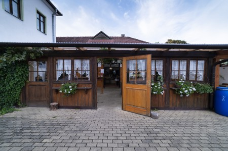 25 - Hotel Černice - ubytování: - Vnitřní a venkovní prostory společné prostory