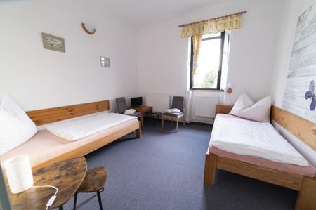 39 - Hotel Černice - ubytování: - Dvojlůžkový pokoj (postele 1 + 1), 1. patro