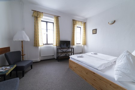 46 - Hotel Černice - ubytování: - Dvojlůžkový pokoj, 1. patro