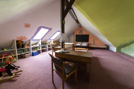 63 - Hotel Černice - ubytování: - Pokoj s hernou (poslele 2 + 1 + 4 v herně), 1. patro